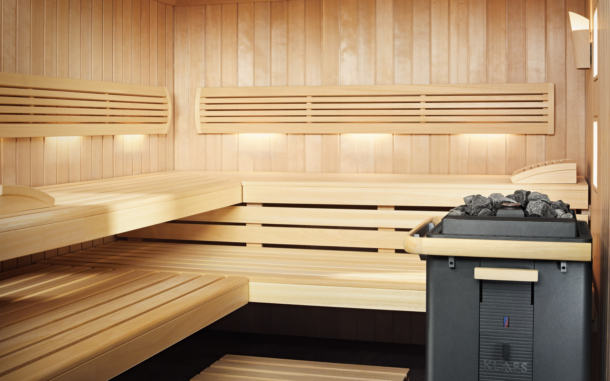sauna und sanarium fen modell bersicht klafs. Black Bedroom Furniture Sets. Home Design Ideas