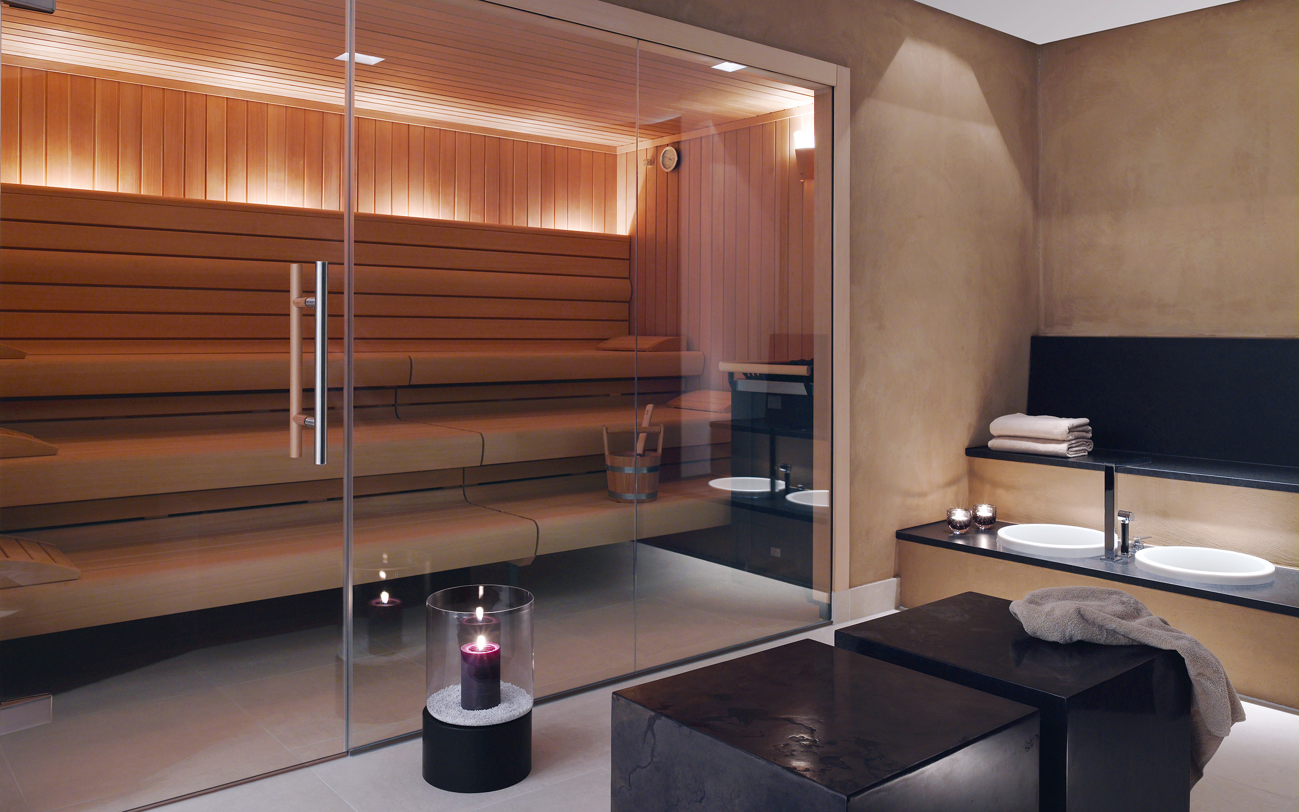 klafs day spa referenzen momentum spa. Black Bedroom Furniture Sets. Home Design Ideas